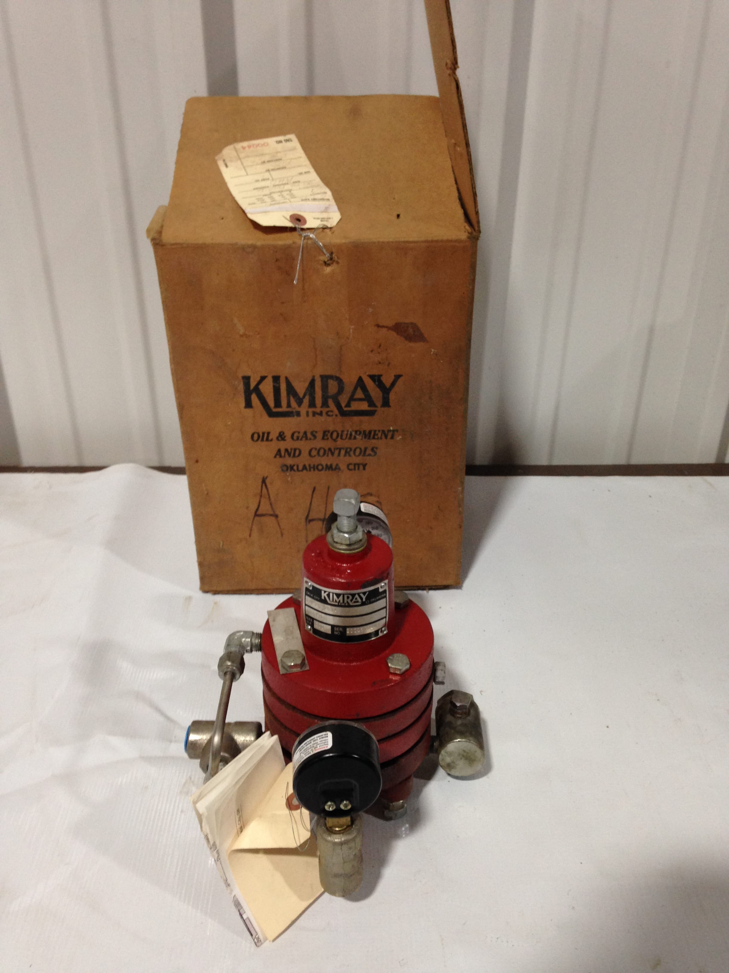 Kimray 30-PG-PDDA Ductile Iron Regulator Pilot Valve 300PSI wp -NIB
