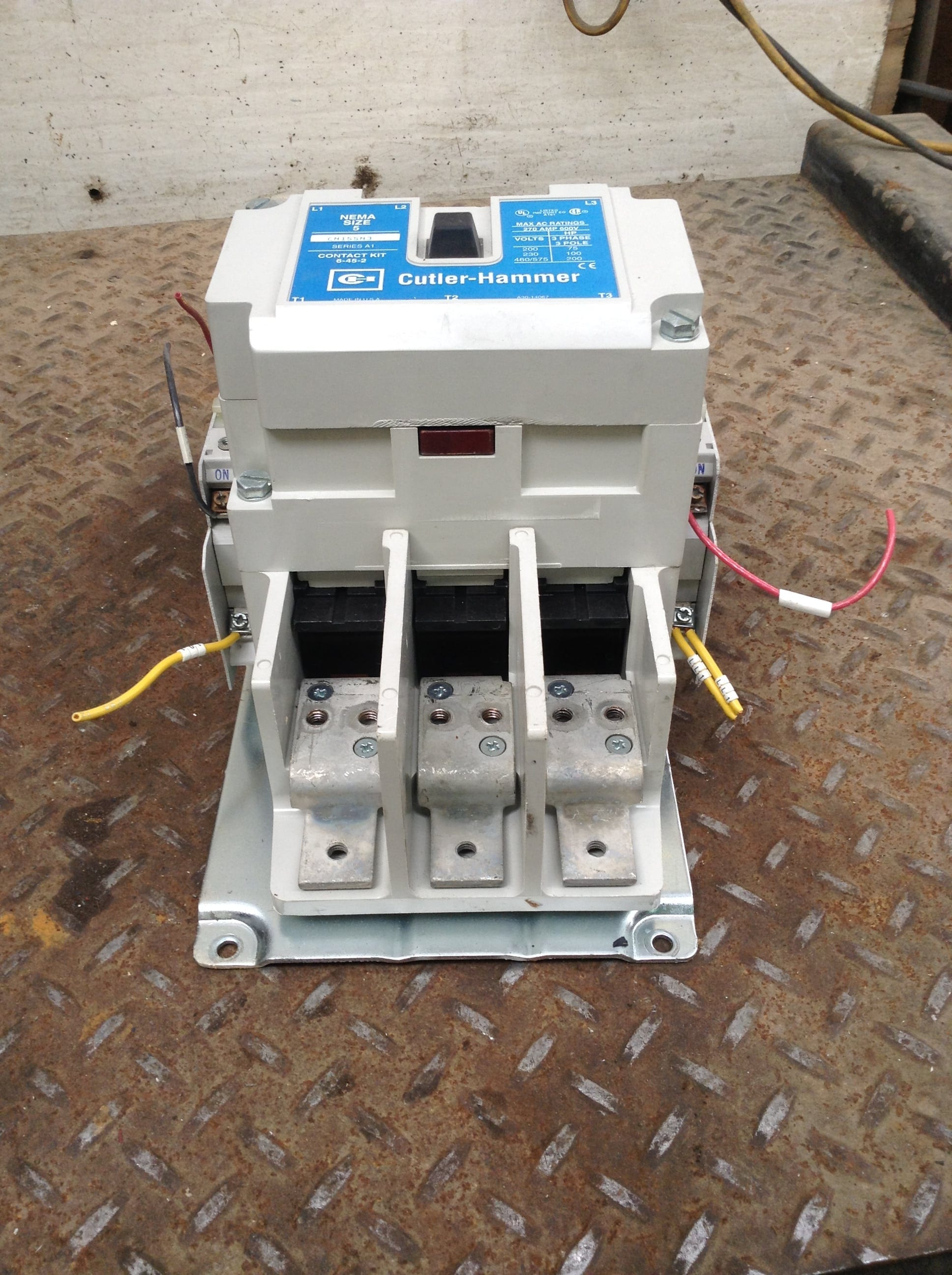 Cutler-Hammer CN15SN3 NEMA Size 5 Contactor/Starter 270A 600V 3PH 3 on 3 phase fan wiring, 3 phase breaker wiring, 3 phase magnetic contactor, 3 phase receptacle wiring, 3 phase electrical wiring, 3 phase compressor wiring, 3 phase starter wiring, 3 phase panel wiring, 3 phase heater wiring, 3 phase switch wiring, 3 phase pump wiring, 3 phase wiring symbols, 3 phase electrical installation, 3 phase transformer wiring, 3 phase connector wiring, 3 phase contactor with overload, 3 phase plug wiring, 3 phase brake wiring, 3 phase overload wiring, 3 phase meter wiring,