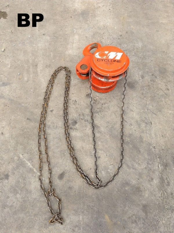 CM Cyclone 10ft 6 Ton Manual/Hand Chain Hoist on