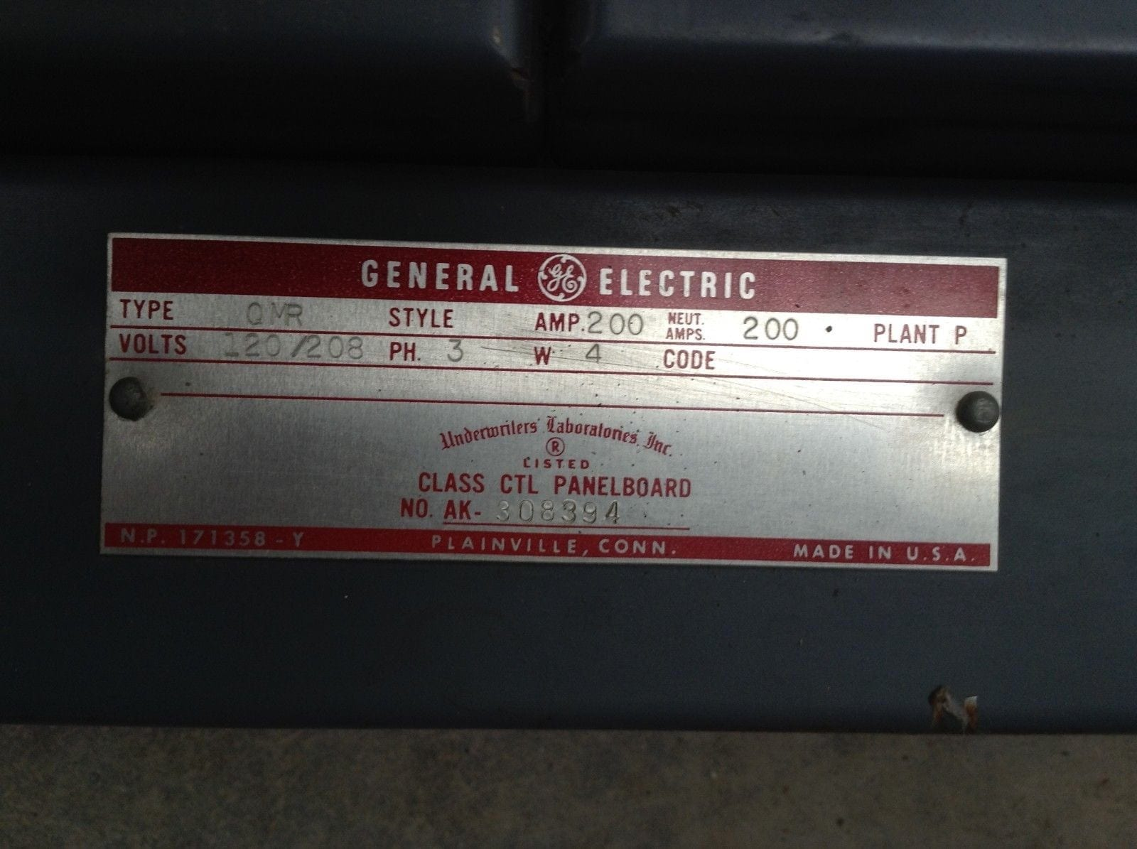GE Type QMR Control Panelboard/Switchboard 200A 3PH 120/208V 4W