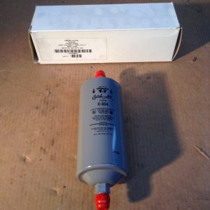 York-026-14777-007-CH-71-to-CH-77-Type-304-Filter-Drier-NIB-132590671185