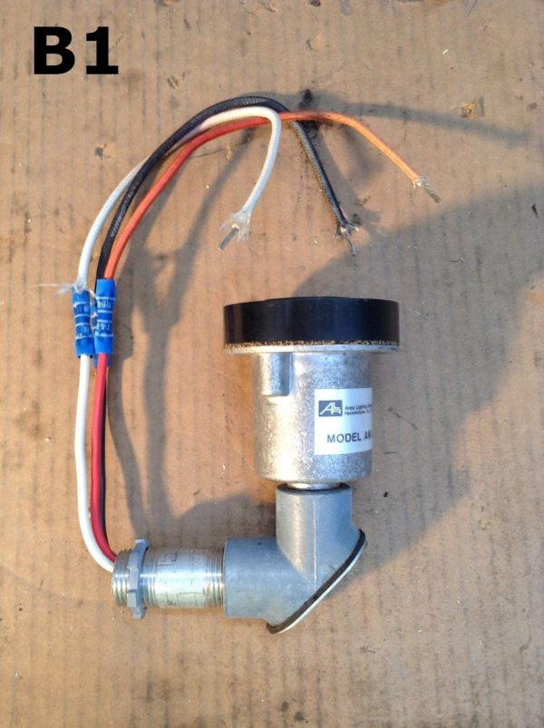 Area Lighting Research Inc. AM-2-A Weatherproof Locking Receptacle ...