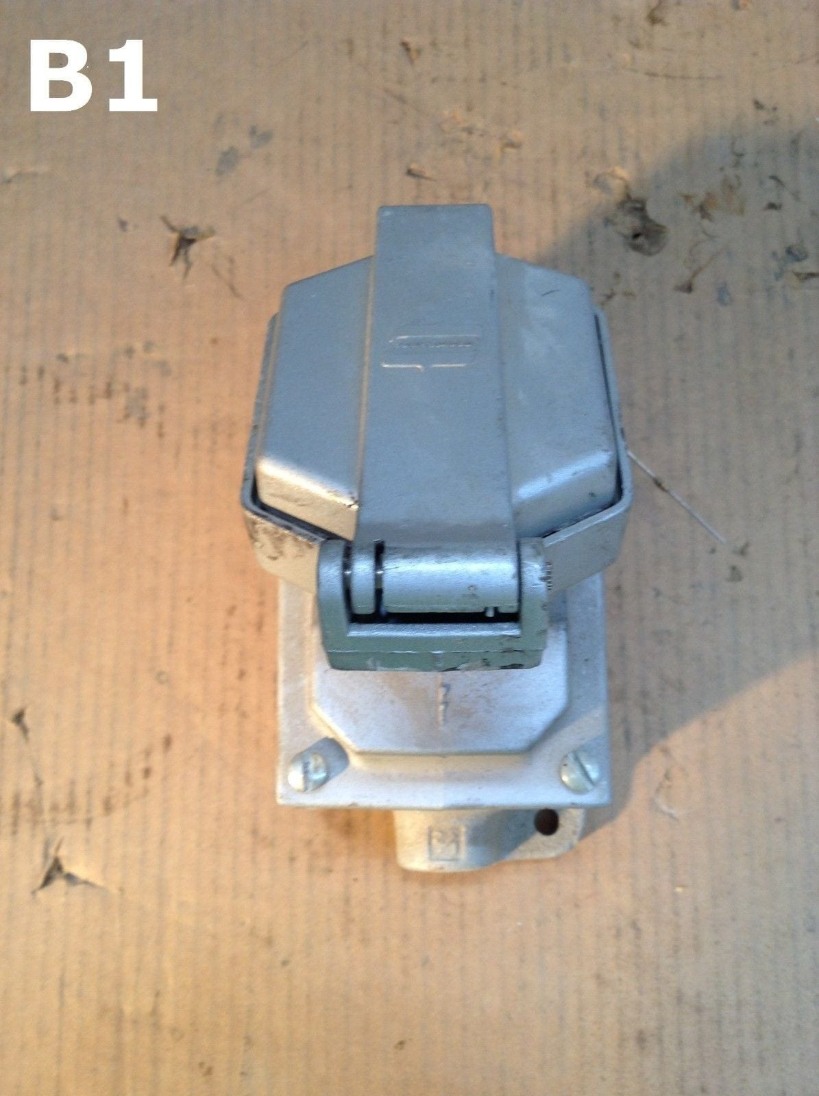 Crouse Hinds Enr11201 Explosion Proof Receptacle